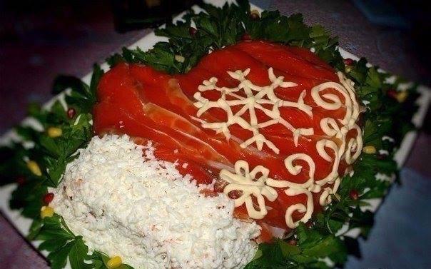 salat-varezhka-deda-moroza-s-krasnoy-ryiboy