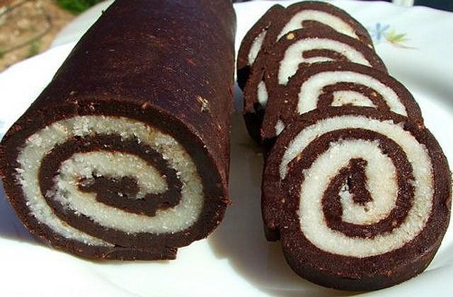 kokosovyiy-roll-bez-vyipechki