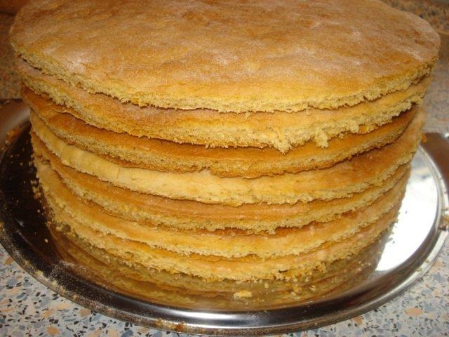 kak-byistro-prigotovit-korzhi-dlya-torta