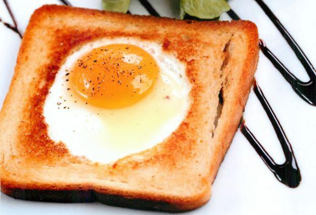 Глазунья в хлебе рецепт с фото
