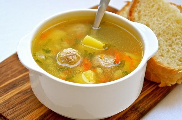 recept-supa-s-frikadelkami-iz-kuritsi-1024x678