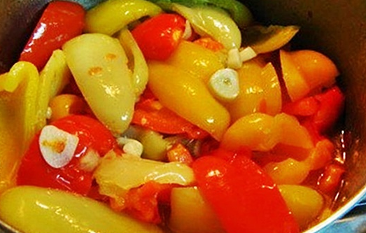 Перец маринованный половинками за 15 минут