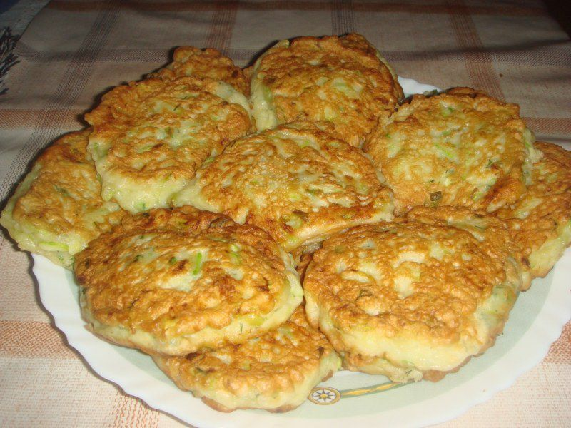Рецепты оладьев из кабачков с фото пошагово