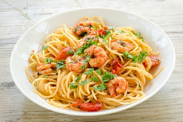 gotovim-spagetti-s-moreproduktami